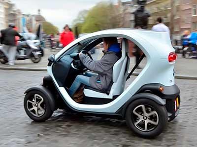 Современный Renault Twizy